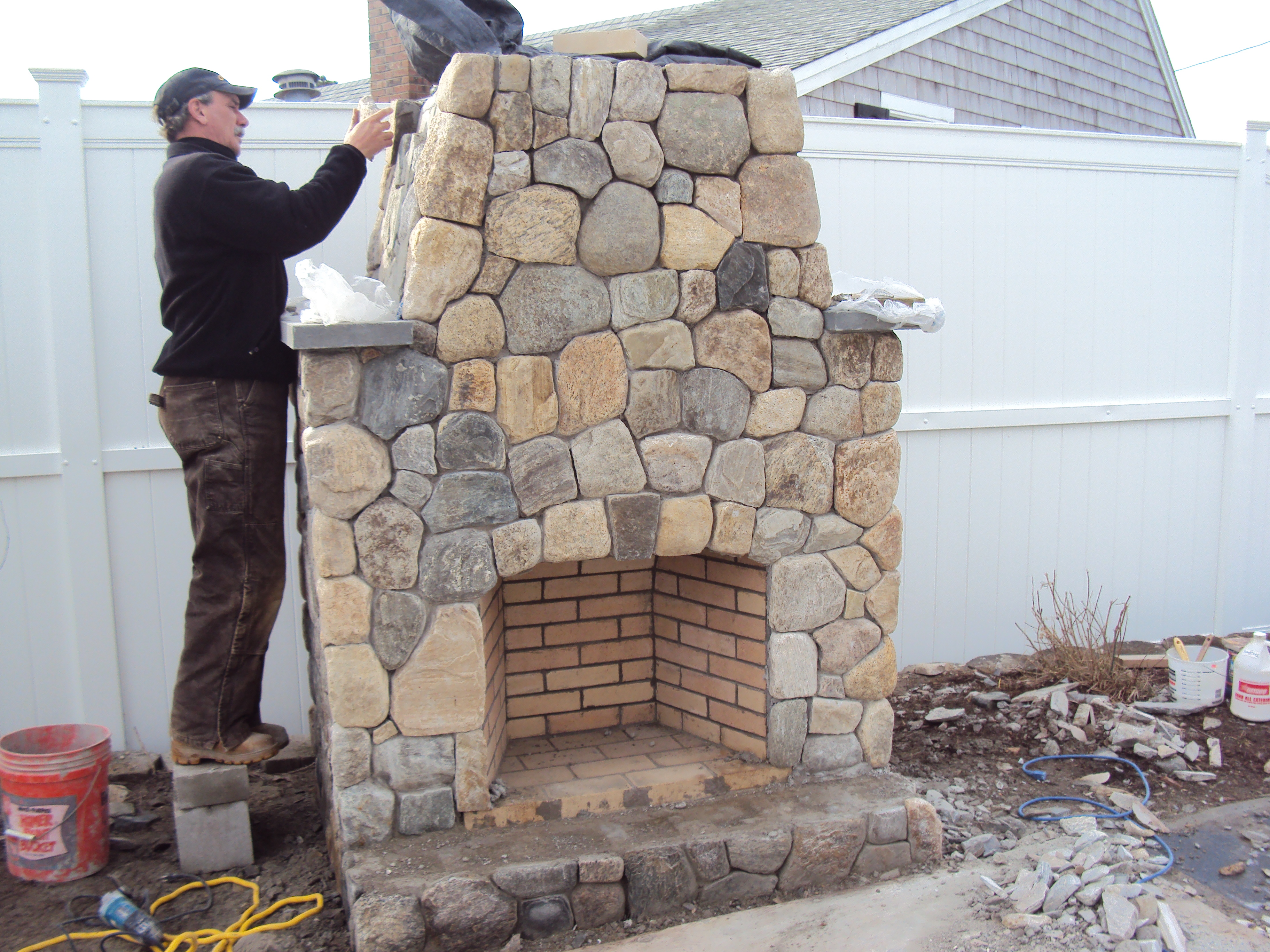 Earthworks Cape Cod - About Us   Hardscape Service & Stone